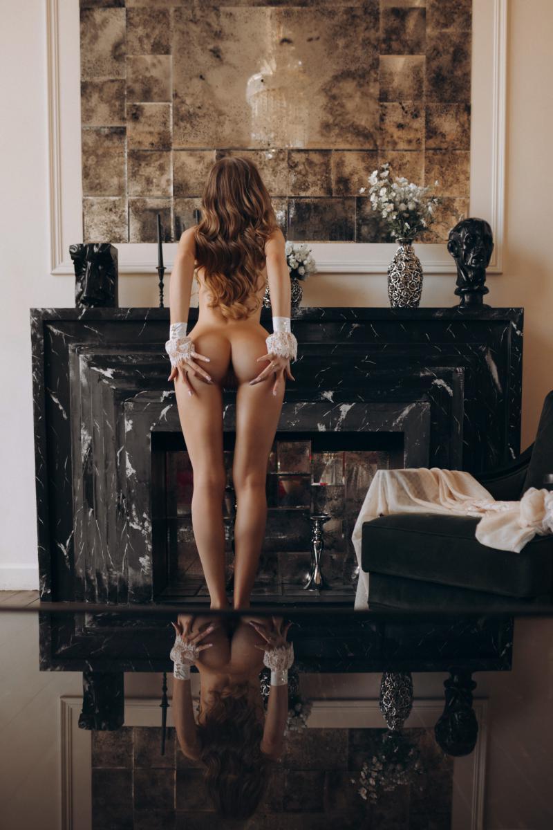 Индивидуалка Алена, 23 года, метро Выставочная