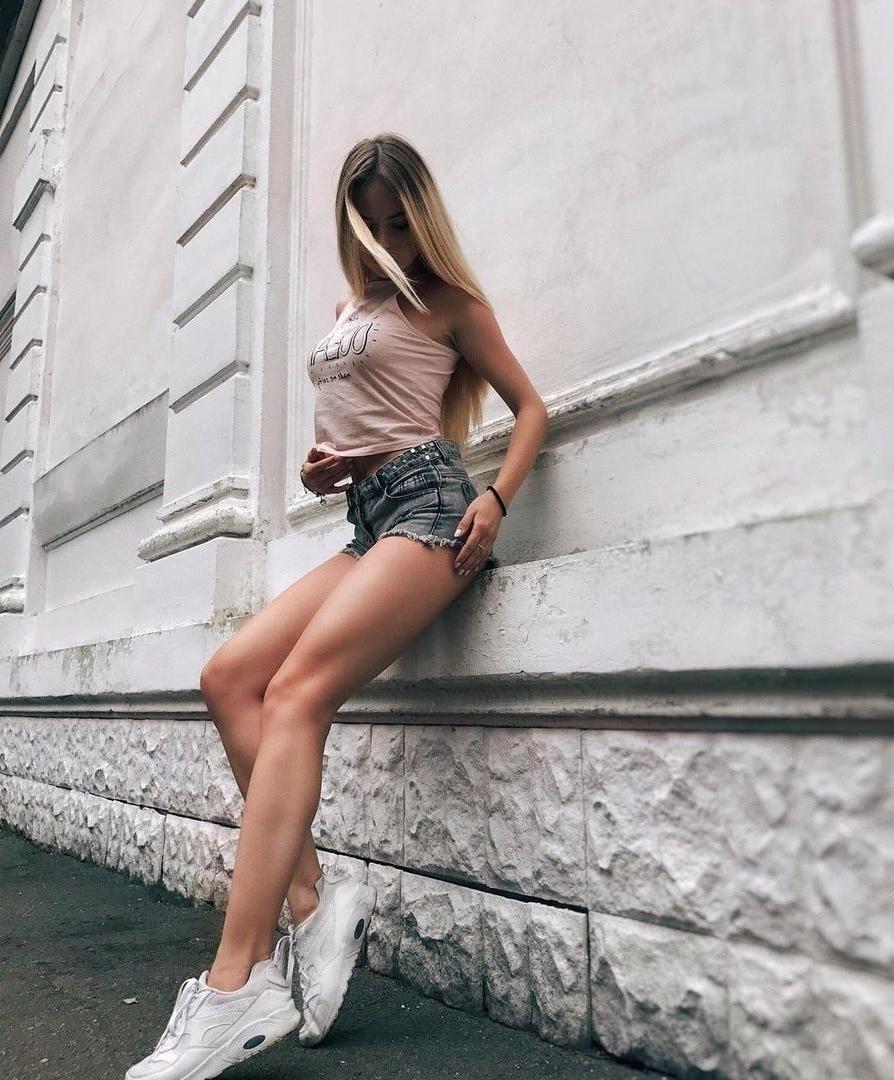 Проститутка Артём, 45 лет, метро Международная